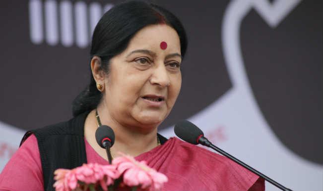 All India Mahila Congress activists protest against Sushma Swaraj