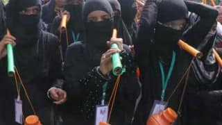 कावड़ यात्रा में मुस्लिम महिलाओं ने पेश की एकता की मिसाल, भोले का किया जलाभिषेक