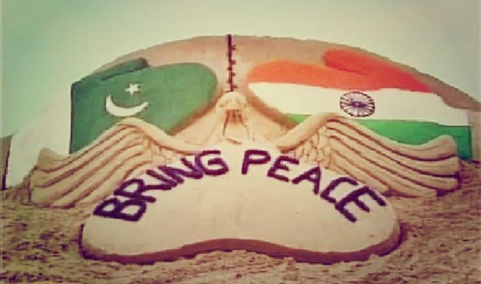 Sand artist Sudarasan Pattnaik bats for India Pakistan peace through beautiful sculpture