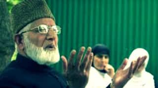 Syed Ali Shah Geelani, other Kashmiri separatist leaders prevented from attending Rasool's condolence meeting