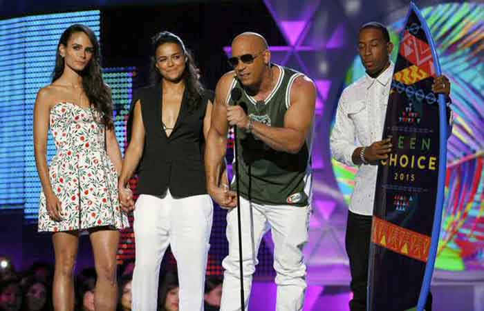 Teen Choice Awards 2015: Vin Diesel reaches out to Paul Walker on stage