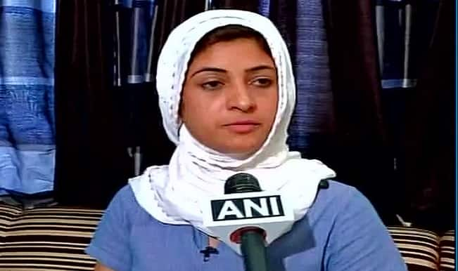 Alka Lamba approaches Delhi Commission for Women to complain against BJP MLA O P Sharma's 'stretcher' remark