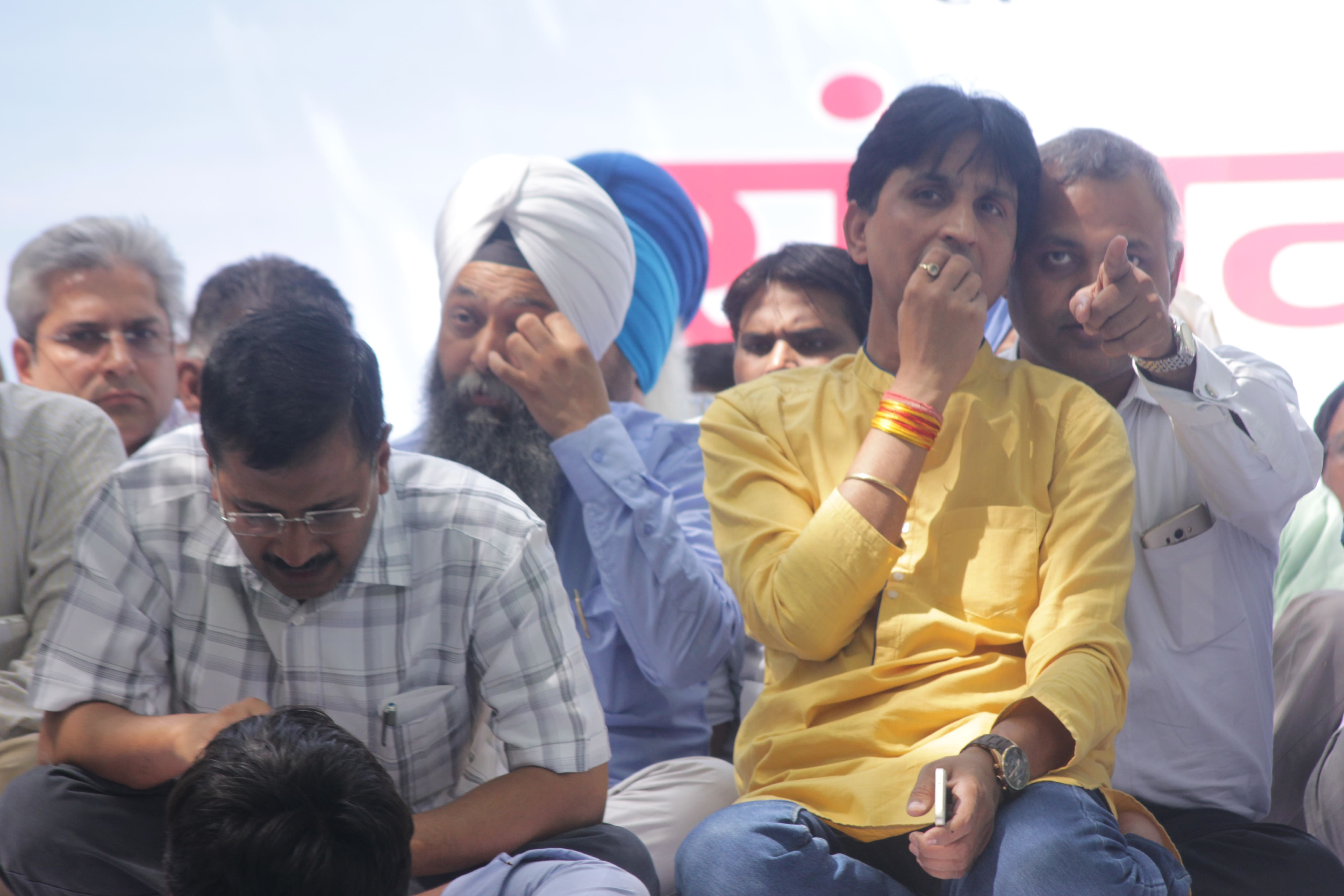 AAP would have sacked Amanatullah if such allegations were levelled against Arvind Kejriwal: Kumar Vishwas
