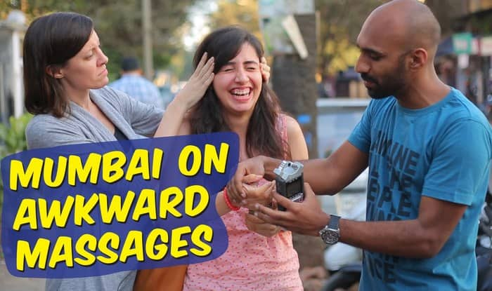 Ever got an awkward massage on the street? It happens in Mumbai! (Watch video)