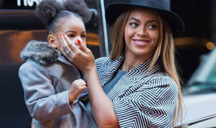 Beyonce and daughter Blue Ivy 'match' during vacation!