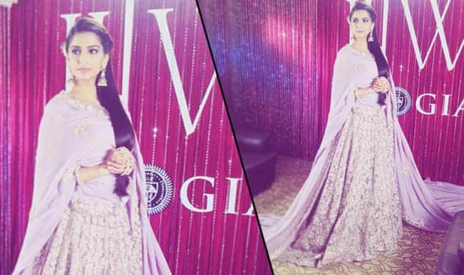 Sonam Kapoor miffed with organizers at India International Jewelry Week?