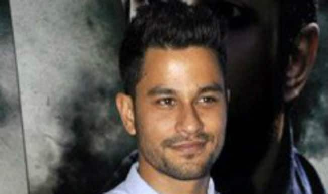 Kunal Khemu back as lover boy with Bhaag Johnny