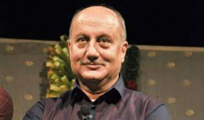 Anupam Kher parties with Hollywood stars