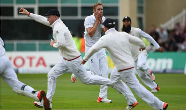Ashes 2015: Stuart Broad records career-best figures as Australia bowled out for 60