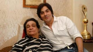 दिग्गज एक्टर कादर खान की हालत गंभीर, पीएसपी डिसऑर्डर के कारण दिमाग ने काम करना किया बंद