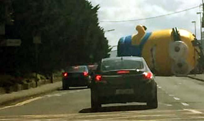 Giant Minion Car Crash