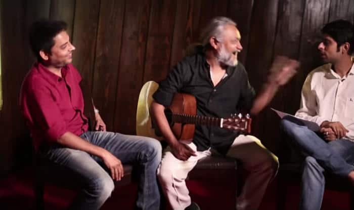Mere Saamnewali Sarhad Pe: Parody of Mere Saamne Wali Khidki mein song is an eye-opener (Watch Video)