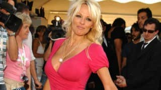 Pamela Anderson joins campaign to stop whale hunting