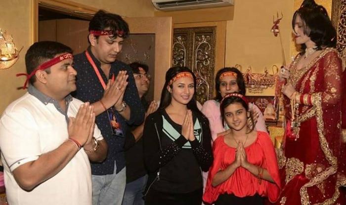 OMG!! Ishita aka Divyanka Tripathi of Yeh Hai Mohabbatein is a follower of Radhe Maa