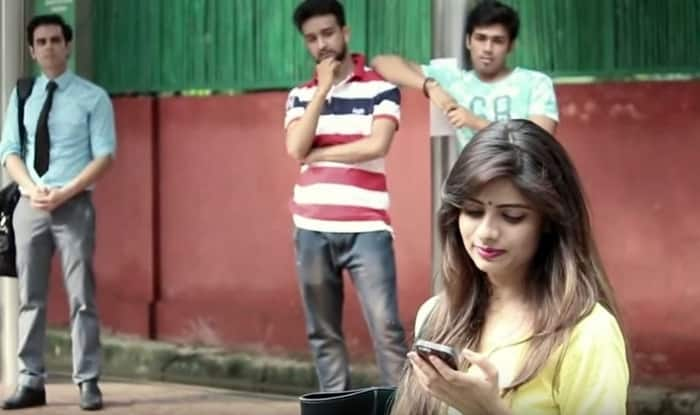 Raksha Bandhan: This girl was harassed by 2 guys wearing their sister's Rakhi! (Video)