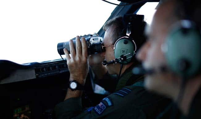 France to step up air, sea search for MH370 wreckage