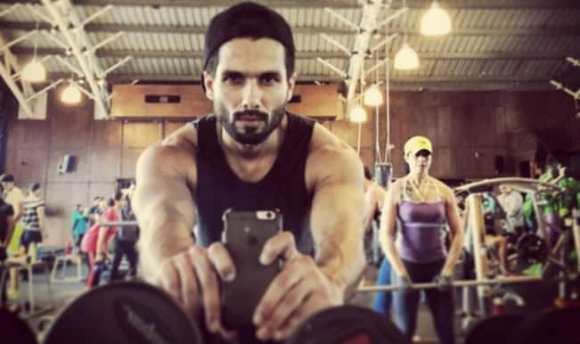 Shaandaar: Shahid Kapoor shares pictures of his workout session on Instagram!