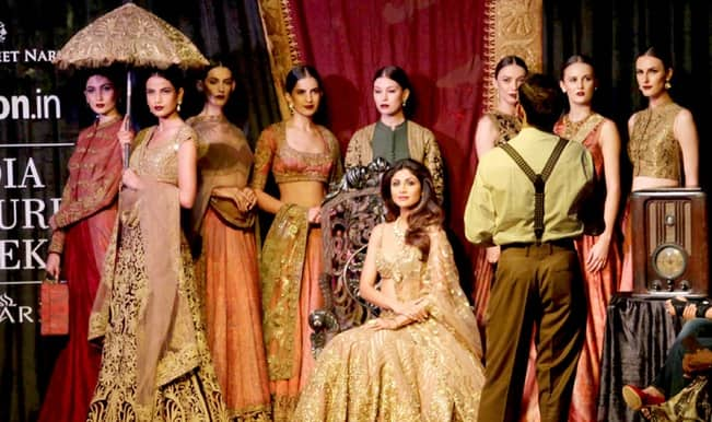 Amazon India Couture Week 2015: Shilpa Shetty in HOT avatar on the ramp! (Video and pics)