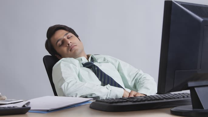 3 foods that are making you sleepy at work