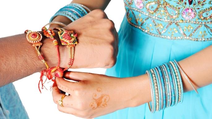 5 Things to Buy Your Brother This Raksha Bandhan
