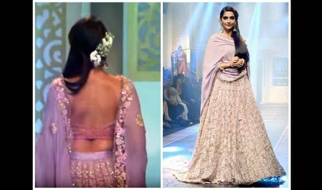 Look! Sonam Kapoor goes backless again at IIJW 2015! (Watch video)