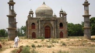 Man Who Built 'Mini Taj Mahal' For Wife Killed in UP Hit-and-run