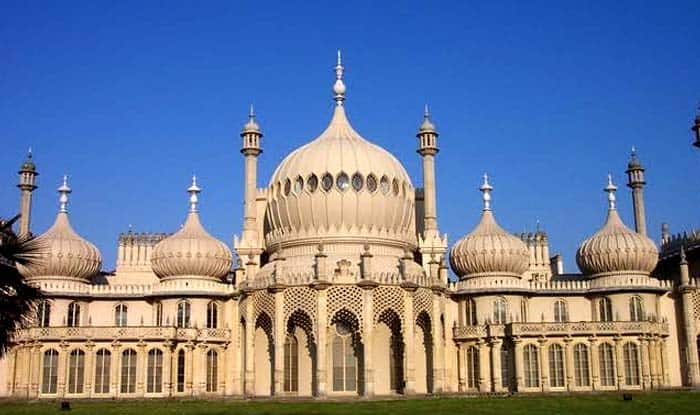 7 replicas of taj mahal the lookalikes of indian monument for Monumental buildings around the world