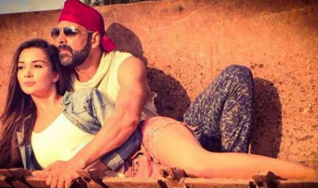 Singh is Bling: Akshay Kumar's movie song will release before trailer!