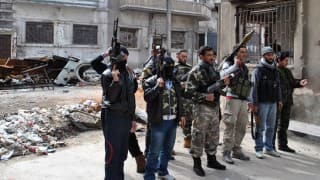 Evacuation of rebels and civilians from Daraya completed successfully