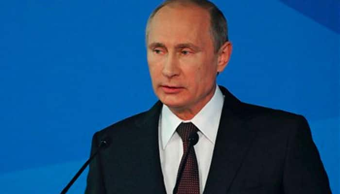 Vladimir Putin moves to establish Russian military base in Belarus