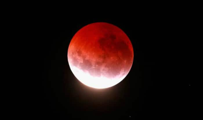 Supermoon Total Lunar Eclipse 2015: How & what time to watch rare red blood moon eclipse on September 27-28?