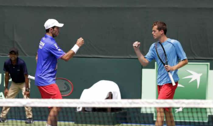 Davis Cup 2015: Czechs take 2-1 lead as Leander Paes-Rohan Bopanna falter
