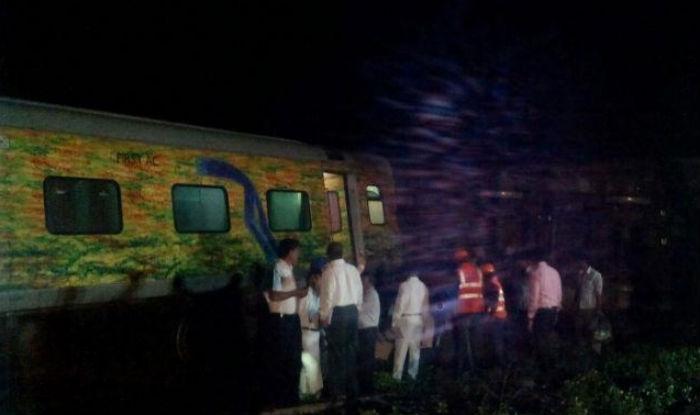 Two killed and eight injured in train derailment in Karnataka