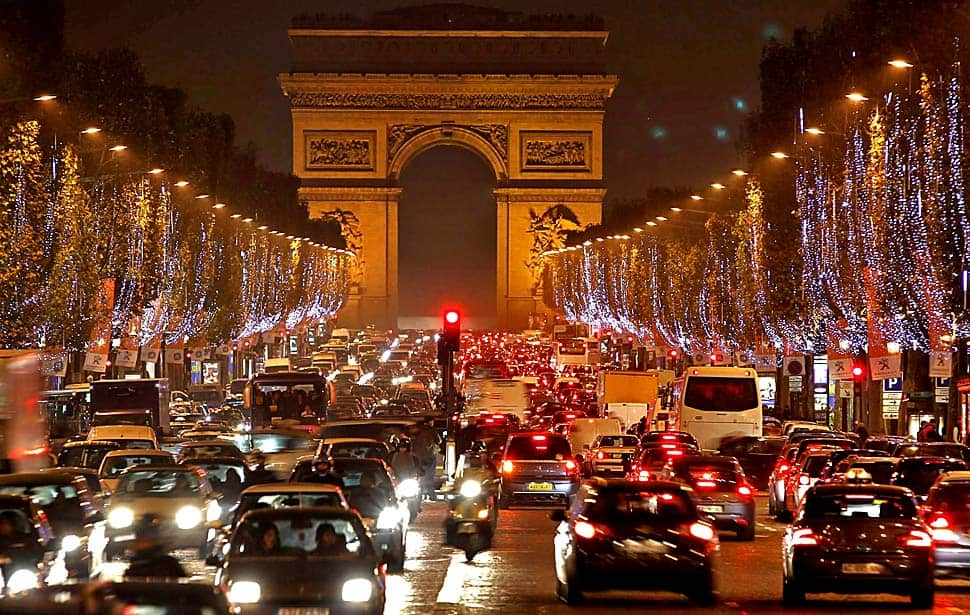 Paris bans cars: French capital has banned all motor vehicles for 1 day