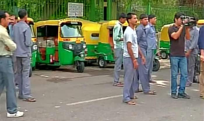 Bharat Bandh: Nation-wide trade union strike hits normal life; auto rickshaw drivers clash in Delhi, railway track blocked in West Bengal