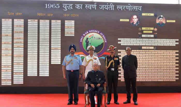 Pranab Mukherjee meets families of 1965 war heroes