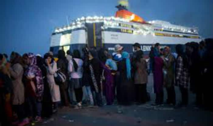 22 dead after Greece-bound migrant boat sinks off Turkey