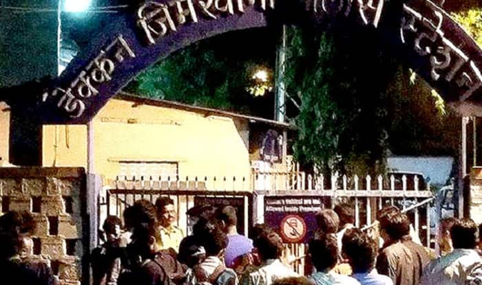FTII row: Students threaten to go on hunger strike if Centre fails to oust Gajendra Chauhan