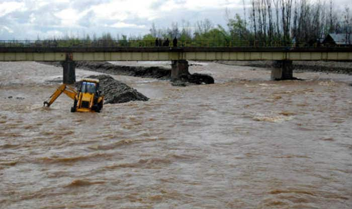 Flood alert sounded in Kashmir Valley