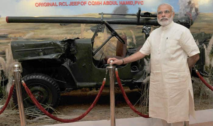Narendra Modi to interact with rickshaw pullers in Varanasi