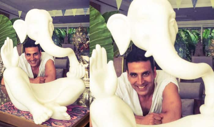 Akshay Kumar bids goodbye to Ganpati, requests fans a safe Ganesh Visarjan 2015