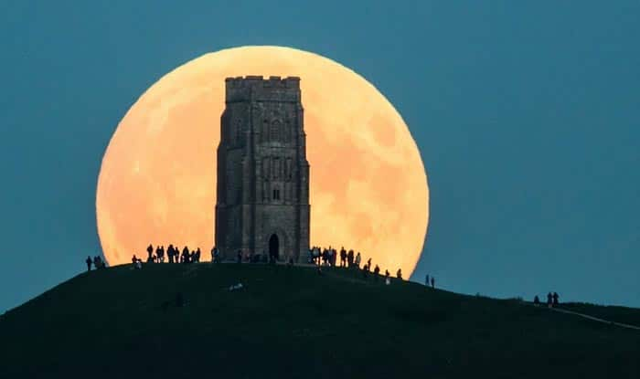 Red 'Blood Moon' Pictures: See rare Supermoon & Lunar Eclipse 2015 photographs from around the world