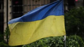 Ukraine Prime Minister Arseniy Yatsenyuk faces possible dismissal as crisis deepens