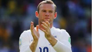 Wayne Rooney quashes talk of handing in transfer request to Manchester United