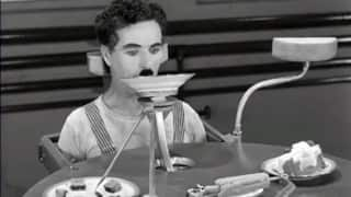 This food machine trying to feed Charlie Chaplin is the funniest thing ever!