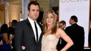 Jennifer Aniston, Justin Theroux debut as married couple