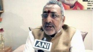 Giriraj Singh condemns Raghuvansh's beef remark, says whole RJD clan has gone mad