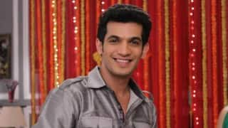 Not insecure about doing female-driven show Naagin: Arjun Bijlani