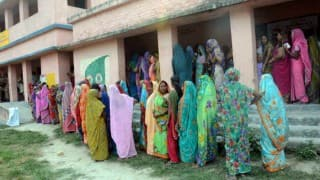 Bihar Assembly election 2015: 57 per cent voting in first phase, women voters