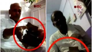 JDU, RJD leaders caught red handed taking bribe on camera